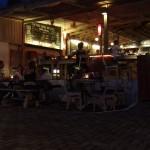 Nachtessen beim Echo Beach